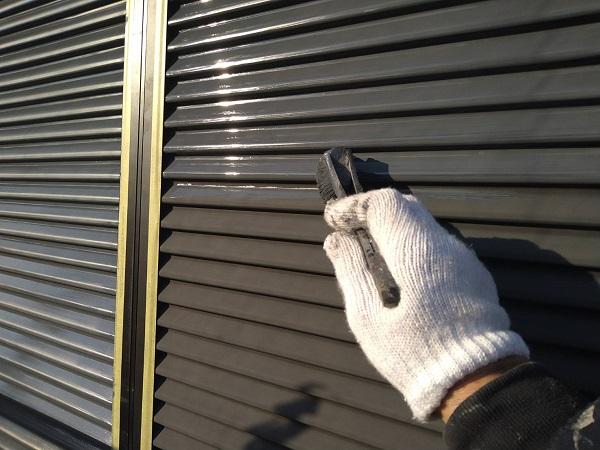 大阪府大阪市 D様邸 屋根塗装・外壁塗装・付帯部塗装 付帯部とはどんな場所か 雨戸塗装の手順 (1)