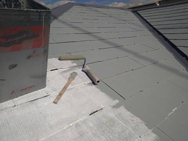 大阪府大阪市 屋根塗装 ダイヤスーパーセランマイルド 遮熱塗料は、色によって日射反射率が異なります! (2)