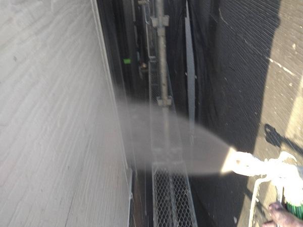 大阪府大阪市 D様邸 屋根塗装・外壁塗装・付帯部塗装 下地処理 高圧洗浄 (1)