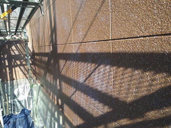 大阪府豊中市 D様邸 外壁塗装 3度塗り 上質な仕上がりになる『ダイフレックス ダイヤカレイド』 (4)