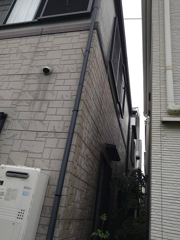 大阪府豊中市 D様邸 屋根塗装 外壁塗装 無料調査 カビが生えているのは、防水効果が低下している証拠です (4)