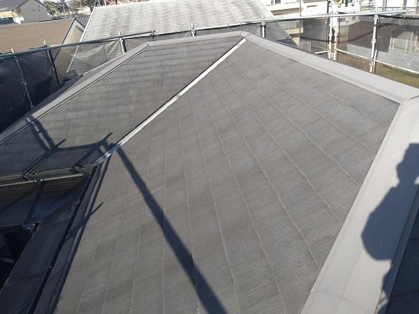 大阪府豊中市 D様邸 屋根塗装 外壁塗装 無料調査 カビが生えているのは、防水効果が低下している証拠です (2)