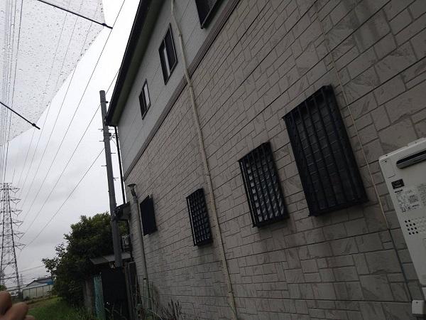 大阪府豊中市 D様邸 屋根塗装 外壁塗装 無料調査 カビが生えているのは、防水効果が低下している証拠です (3)