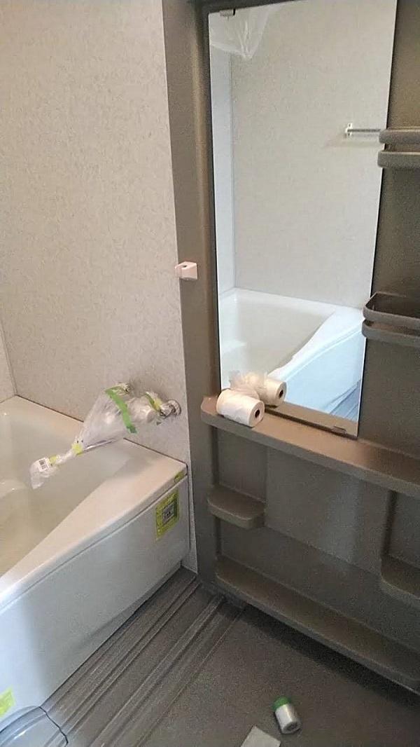 大阪府摂津市 ユニットバス塗装 浴室塗装の工程 FRP (1)