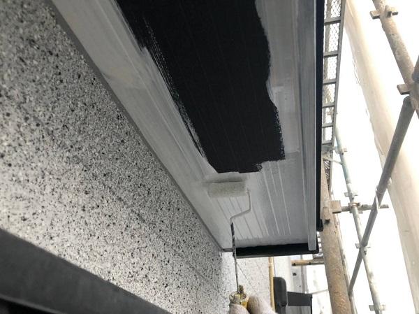 大阪府吹田市 付帯部塗装 破風板・軒天・雨樋 付帯部を塗装する理由 (2)