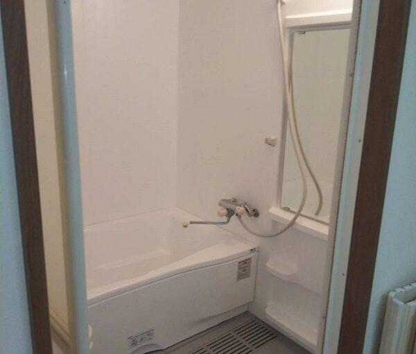 大阪府摂津市 ユニットバス塗装 浴室塗装の工程 FRP (2)