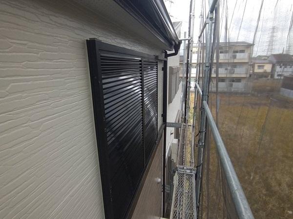 大阪府豊中市 D様邸 屋根塗装 外壁塗装 付帯部塗装 雨樋、雨戸、帯板、鼻隠し塗装 (1)