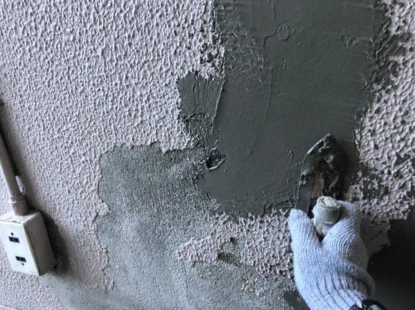 大阪府大阪市 外壁塗装 モルタル外壁の膨れ エスケー化研 水性ソフトサーフSG (6)