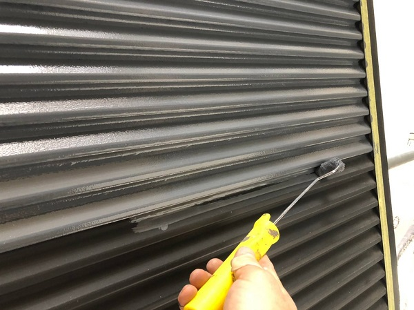 大阪府摂津市 外壁塗装 屋根塗装 雨戸塗装 目荒らし(目粗し)とは (2)