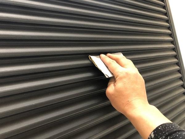 大阪府摂津市 外壁塗装 屋根塗装 雨戸塗装 目荒らし(目粗し)とは (1)