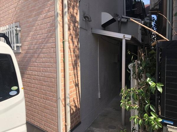 大阪府大阪市 外壁塗装 モルタル外壁の膨れ エスケー化研 水性ソフトサーフSG (1)