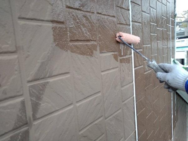 大阪府摂津市 外壁塗装 外壁下塗り ワイドシーラー (2)