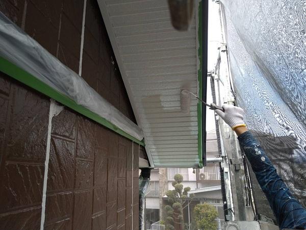 大阪府摂津市 外壁塗装 付帯部塗装の重要性 軒天 (3)