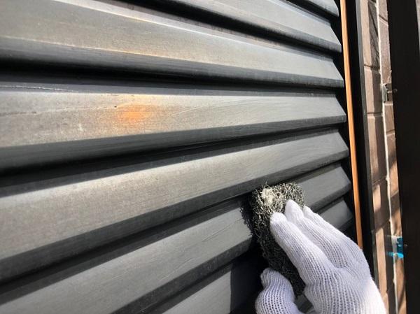 大阪府摂津市 外壁塗装 付帯部塗装 雨戸塗装 フッ素塗料の特徴 (2)