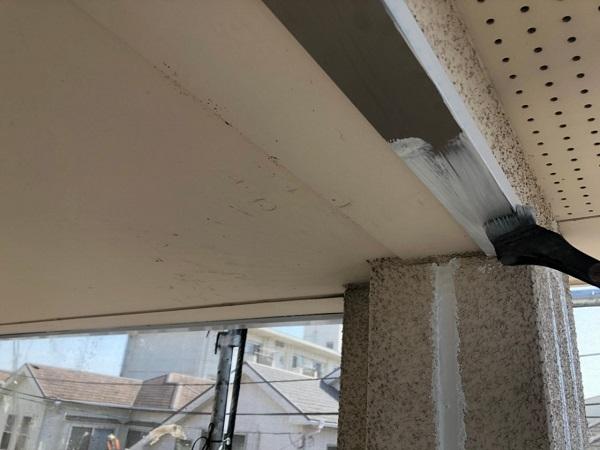 大阪府枚方市 I様邸 外壁塗装・付帯部塗装 水切り板金塗装 シャッターボックス塗装 (2)