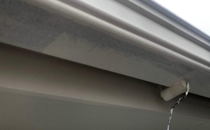 大阪府枚方市 I様邸 外壁塗装・付帯部塗装 破風板、ケラバ、鼻隠しの違い 雨樋塗装 (4)