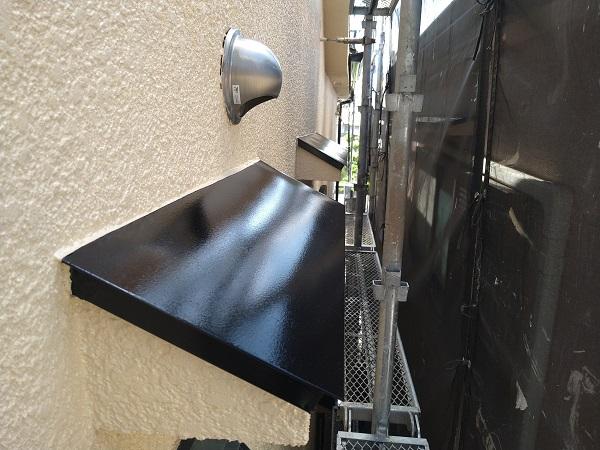 大阪府摂津市 T様邸 屋根塗装・外壁塗装・付帯部塗装 雨戸、庇塗装 目荒らしとは (4)