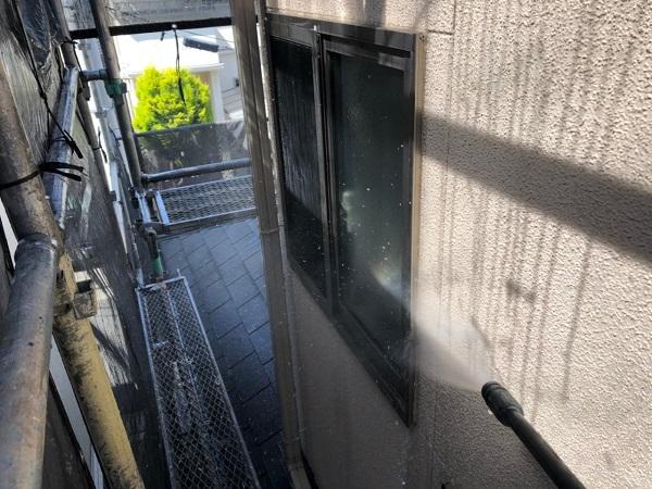 大阪府枚方市 I様邸 外壁塗装・付帯部塗装 下地処理 高圧洗浄 (4)