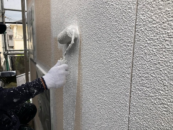 大阪府枚方市 I様邸 外壁塗装・付帯部塗装 日本ペイント ラジカル制御型塗料 パーフェクトトップ ホワイト×ネイビー2色仕上げ1
