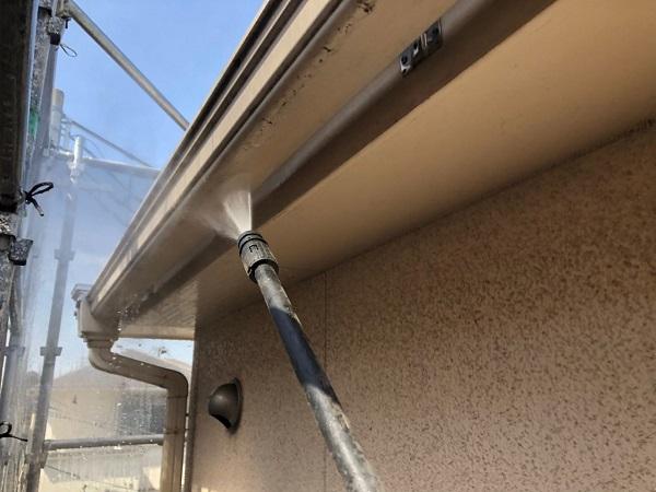 大阪府枚方市 I様邸 外壁塗装・付帯部塗装 下地処理 高圧洗浄 (6)