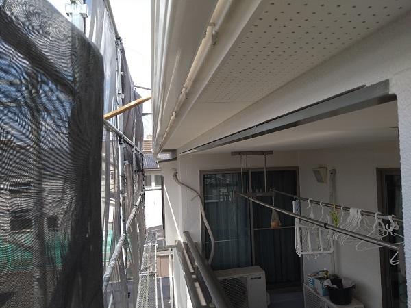 大阪府枚方市 I様邸 外壁塗装・付帯部塗装 霧除け庇塗装 塀塗装  (2)