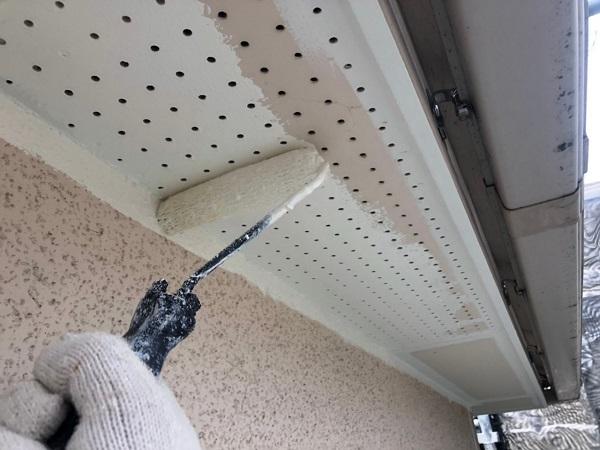 大阪府枚方市 I様邸 外壁塗装・付帯部塗装 軒天塗装 日本ペイント ノキテンエース (3)