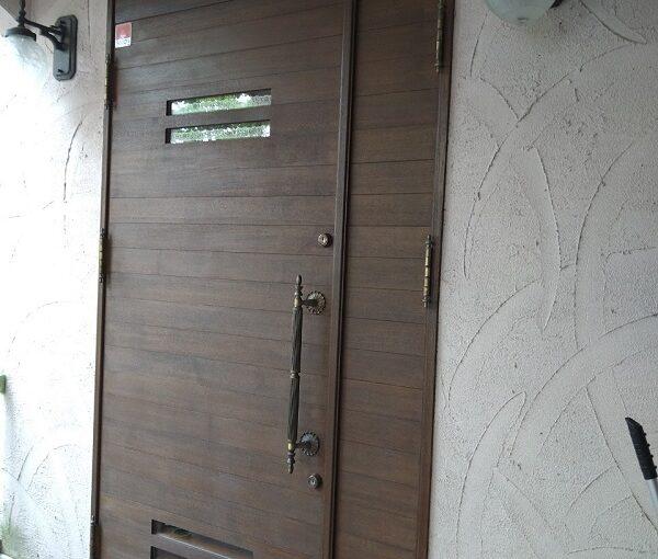 兵庫県芦屋市 内壁・門扉・玄関ドア塗装 (2)
