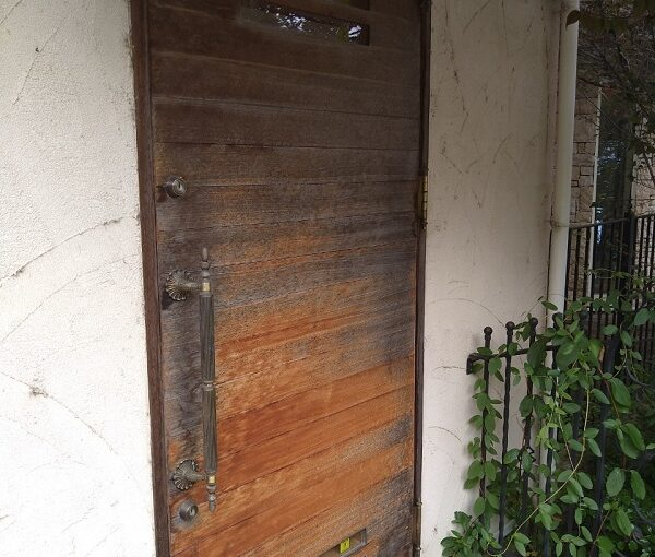 兵庫県芦屋市 内壁・門扉・玄関ドア塗装 (3)