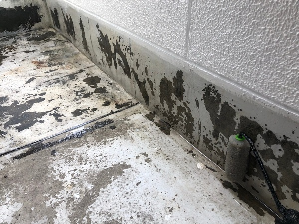 大阪府大東市 外壁塗装・防水工事 雨漏り補修 ウレタン防水 密着工法 (2)