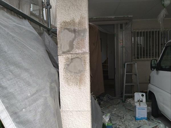 大阪市住吉区永井西 府営住宅 外壁塗装・防水工事 モルタルの劣化症状 爆裂補修 (2)