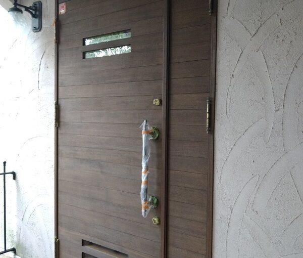 兵庫県芦屋市 内壁・門扉・玄関ドア塗装 (1)